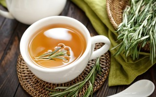 Полезные свойства чая с розмарином и противопоказания