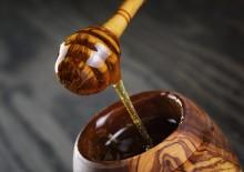 Черноклёновый мед: полезные свойства и противопоказания