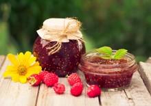 Малиновое варенье: польза и вред натурального аспирина