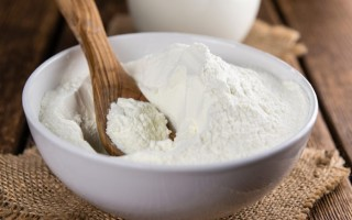 Неожиданно безобидное сухое молоко: виды, польза и вред, состав и калорийность