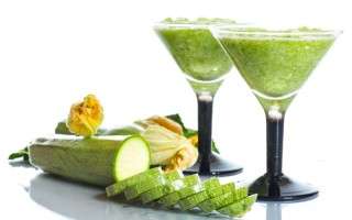 Сок из кабачка: польза и вред лечебного напитка