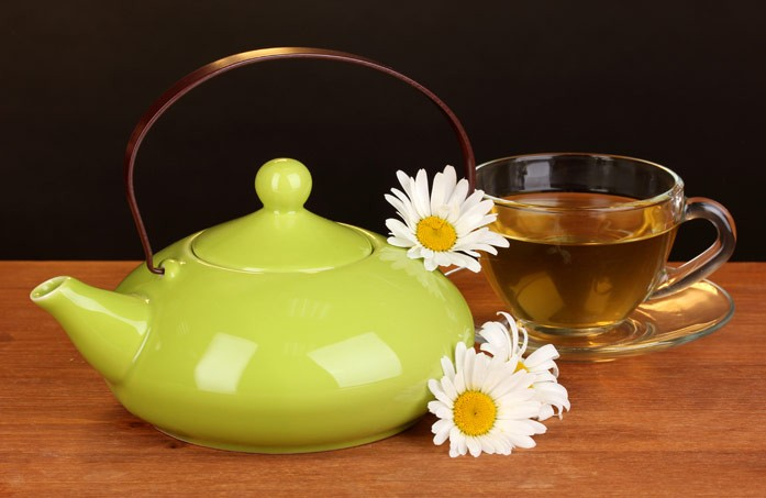 чай с ромашками