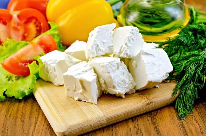 сыр фета с овощами