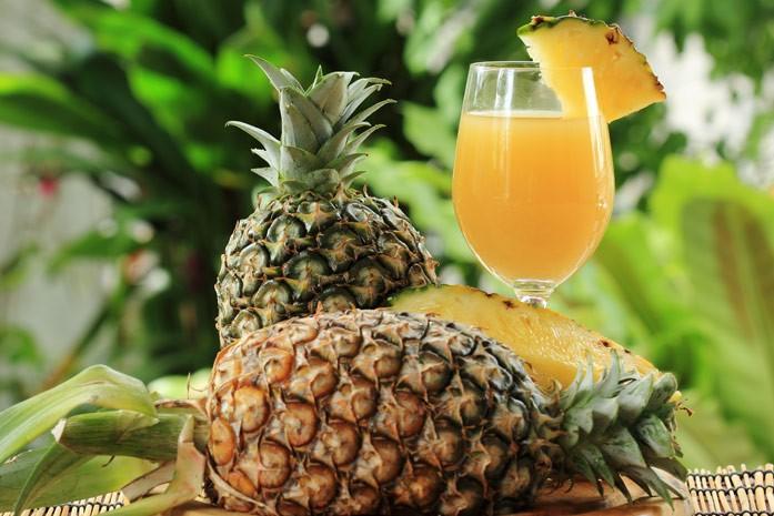 ананасы и сок