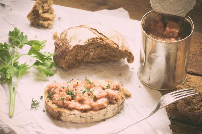 Хлеб с тушёным мясом