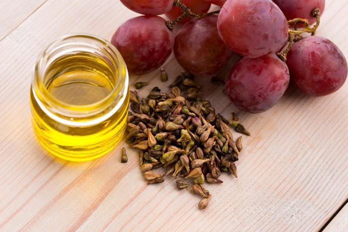 Баночка с маслом из косточки виноградной