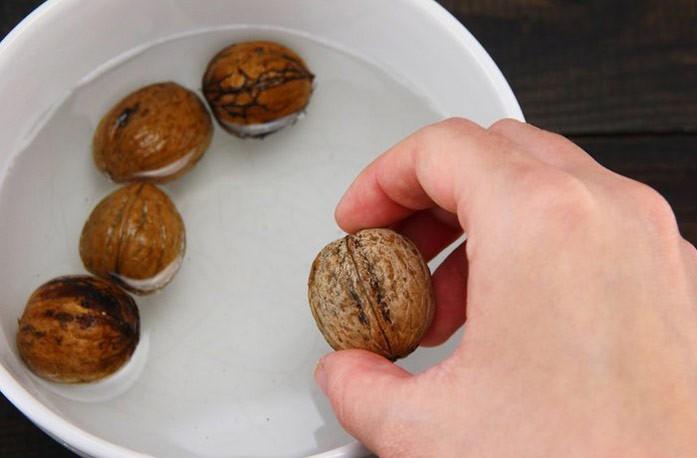 замачивание грецких орехов